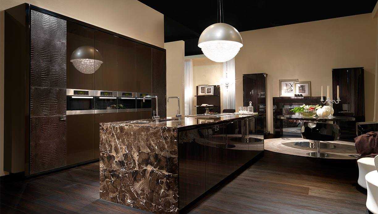 Meet us in milano exquisite kitchen design for Fendi casa milano
